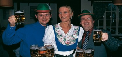 Beers being served inside Lisebergs Tyrol